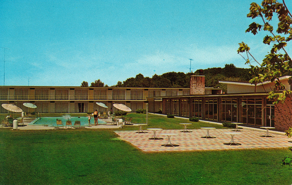 Connecticut Yankee Motor Inn, Niantic