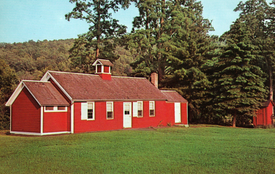 Little Red Schoolhouse, Gaylordsville