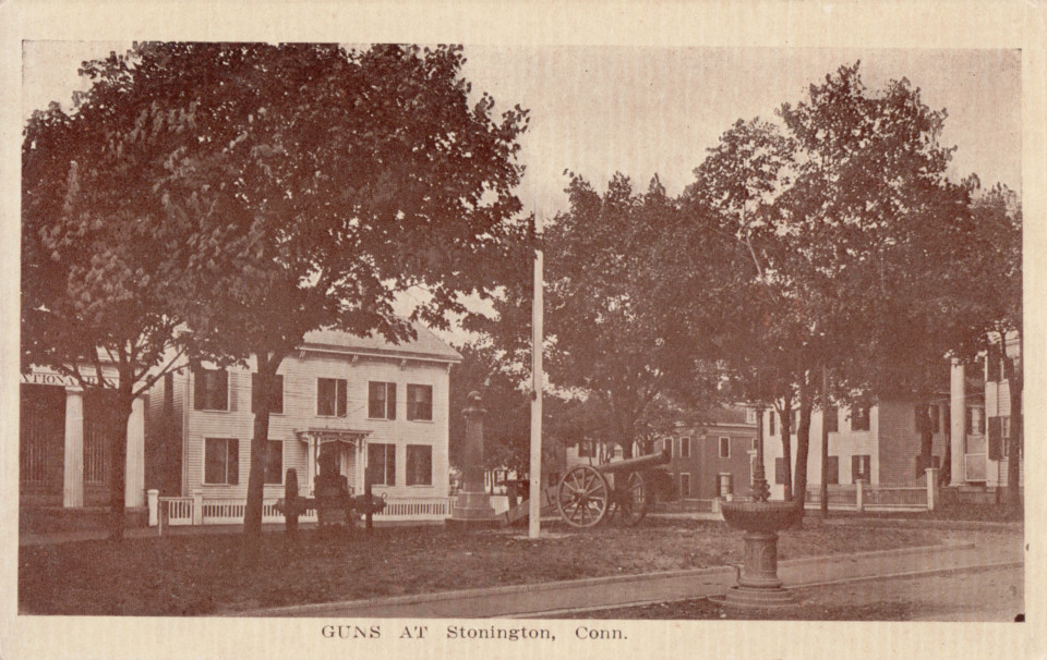 Cannon Square, Stonington