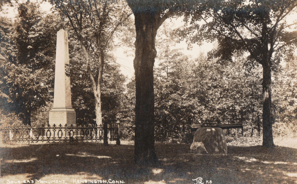 Soldiers' Monument, Kensington